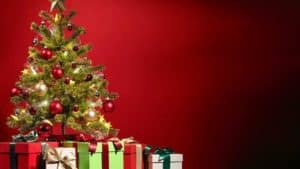 Alberi di natale artificiali in vendita su amazon